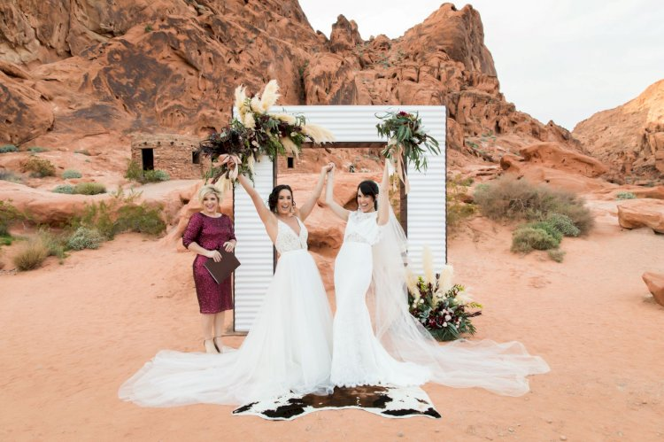 photo by Cactus Collective Weddings